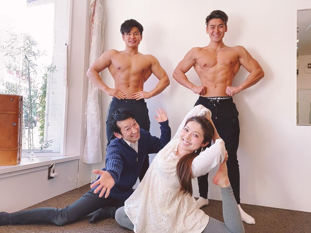 県内各地・週30教室ございます「美容と健康ヨガ教室スタジオ広島」代表広島・男性ヨガインストラクターによる【メンズmoヨガ教室・スタジオ広島】腰痛・体幹・メンタル