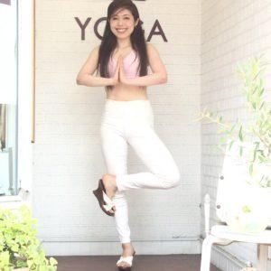 美容と健康ヨガ教室スタジオ広島:yogaポーズ
