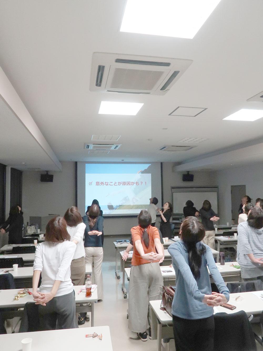 オフィスヨガ・協会けんぽ・広島で「健康経営優良法人」